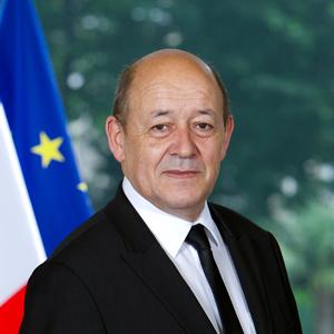 فرنسا تدعو لفرض عقوبات على ليبيا