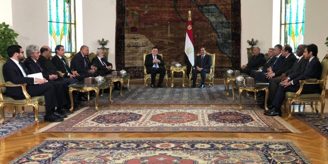 نتائج إيجابية للقاء السراج مع السيسي في مصر واتفاق على عدم السماح بفراغ سياسي في ليبيا