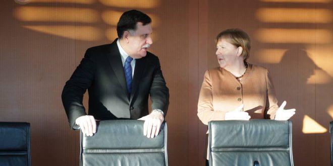 """المستشارة الألمانية """"ميركل"""" تعلن عن عزم بلادها تدريب حرس السواحل في ليبيا"""