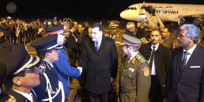 السراج يصل إلى مطار طرابلس بعد جولة شملت ساحل العاج وأمريكا وألمانيا