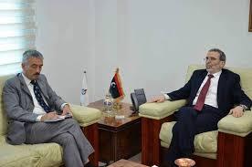 سفير المملكة المتحدة يوجه الدعوة لمؤسسة النفط الليبية للاجتماع مع شركات النفط البريطانية