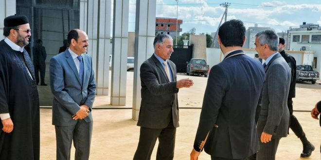 سفير المملكة المتحدة في ليبيا يؤكد على جاهزية حكومة بلاده للعب دور إيجابي بين الأطراف الليبية