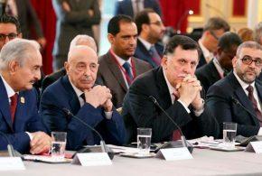 الطرفان المتنافسان في ليبيا يصلان إلى قمة إيطاليا بعد إلغاء الانتخابات