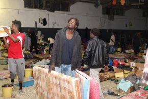 البعثة الأممية في ليبيا تتحفظ عن إدانة المسؤولين عن مجزرة مركز إيواء المهاجرين بتاجوراء
