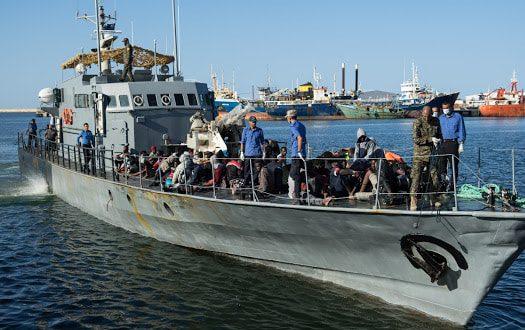 حرس السواحل الليبي يعلن عن غرق 115 مهاجر بعد تحطم قاربهم الخشبي في عرض البحر
