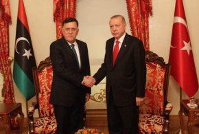 ليبيا وتركيا توقعان مذكرتي تفاهم حول التعاون الأمني والعسكري وحماية حقوق البلدين