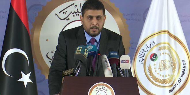 بومطاري: خسائر إغلاق النفط تقدر بمائة وثلاثين مليار دولار ولا بيانات لدينا عن الإنفاق العسكري في شرق ليبيا