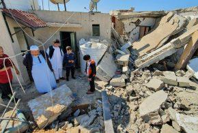 الغارديان: 5 آلاف طن من الأسلحة أرسلتها الإمارات إلى حفتر منذ يناير الماضي