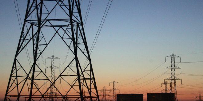 انهيار جزئي للشبكة العامة للكهرباء والشركة العامة تناشد الدولة حماية محطات التحويل