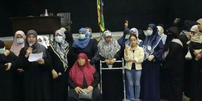 رسالة أمهات الشهداء إلى المجلس الرئاسي: لا لتمكين المجرمين سياسيا فيما فشلوا فيه عسكريا